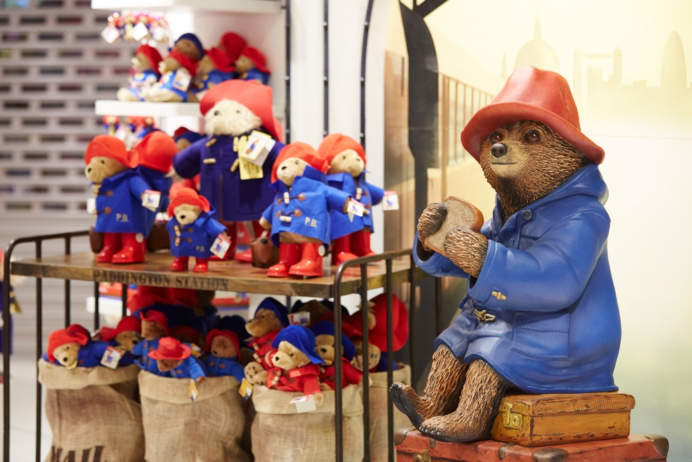 The-Toy-Store,-Paddington,-Sculpt,-Scenic-Paiting,-Props,-Store-Development.jpg