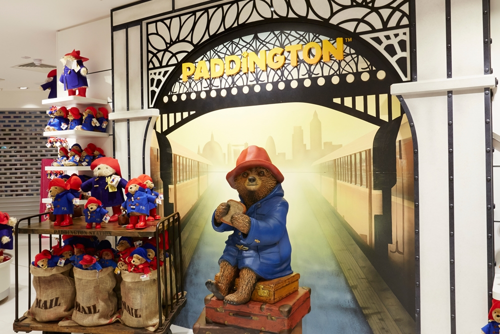 The-Toy-Store,-Paddington,-Sculpt,-Scenic-Paiting,-Props,-Store-Development2.jpg