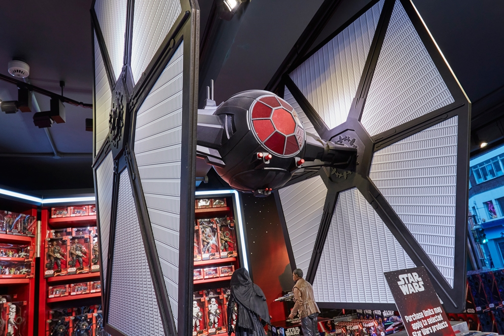 Star-Wars,-Disney-Store,-Oxford-Street,-Shop-Fittings,-Window-Displays,-Visual-Merchandising,-Props-&-Sculpts,-Tie-Fighter-1.jpg