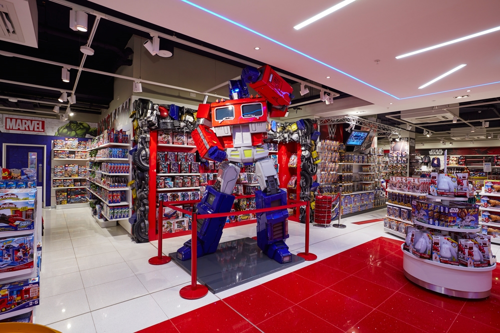 Propability-Toy-Store-Transformers-Store-Development-Specialist-Fixtures,-Props-&-Sculpts-1-(2).jpg