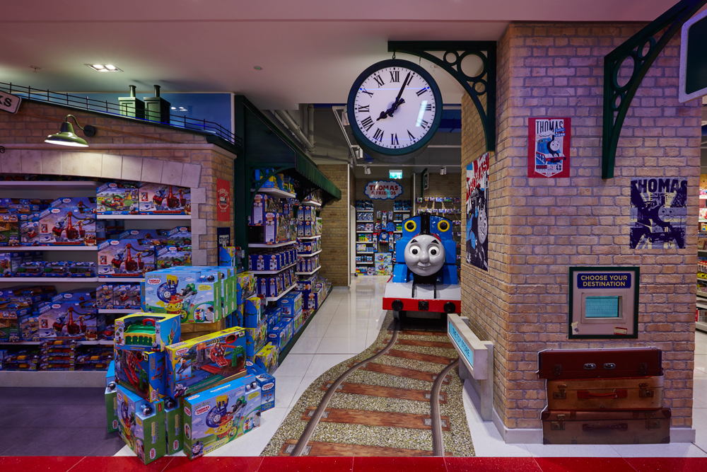 Propability-Toy-Store,--Store-Development-Specialist-Fixtures,-Props-&-Sculpts-Thomas-the-Tank-Engine-2.jpg