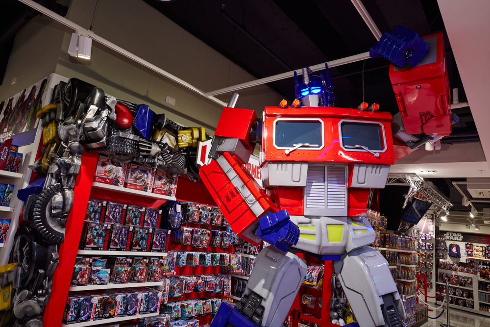 TRANSFORMERS OPTIMUS PRIME - THE TOY STORE    December 2015