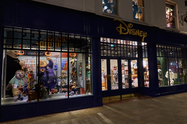 Disney,-Zootropolis,-Window-Display,-Props-&-Sculpts-4.jpg