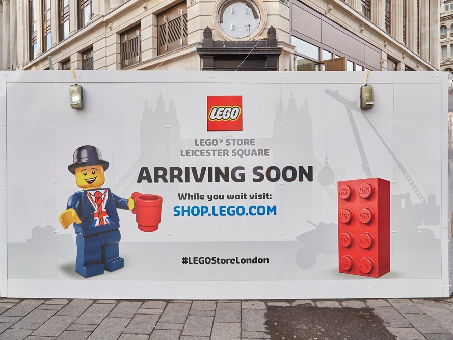 Lego-Store,-Leicester-Square,-London,-Hoarding-4.jpg