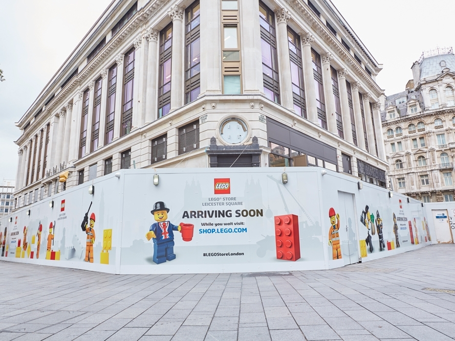 Lego-Store,-Leicester-Square,-London,-Hoarding-3.jpg