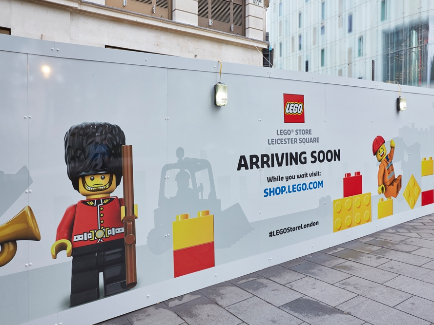 Lego-Store,-Leicester-Square,-London,-Hoarding-2.jpg