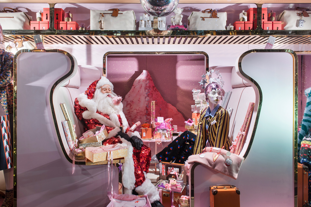 A TRAIN FOR SHINE ON CHRISTMAS- SELFRIDGES    November 2016