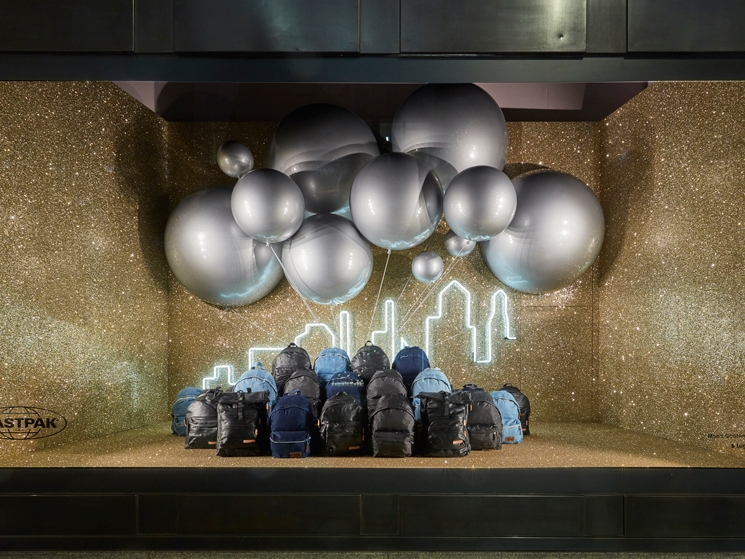 Propability,-Selfridges,-Eastpack-Balloons,-Window-Display.jpg