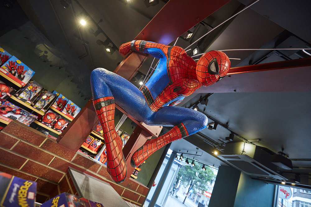 SPIDER MAN HOMECOMING - DISNEY STORE LONDON    June 2017