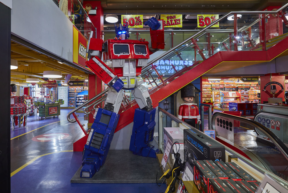 Propability, Hamleys, Optimus Prime, Transformer sculpt.jpg