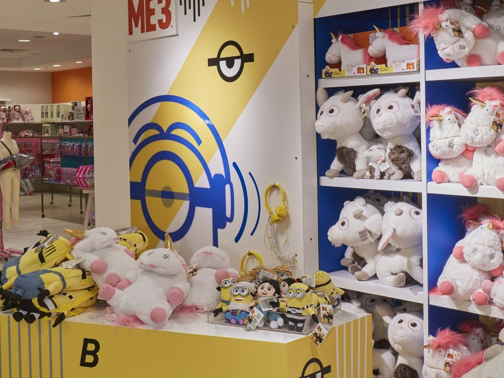 Propability, Oakwood, Despicable Me 3, Minions Merchandise, Fixtures & Fittings .jpg