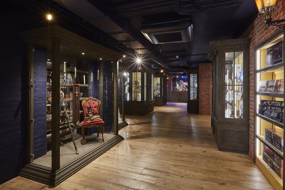 Propability, Noble Collection, immersive retail environment, merchandise display, wooden floor, brick work walls - street scene_024.jpg