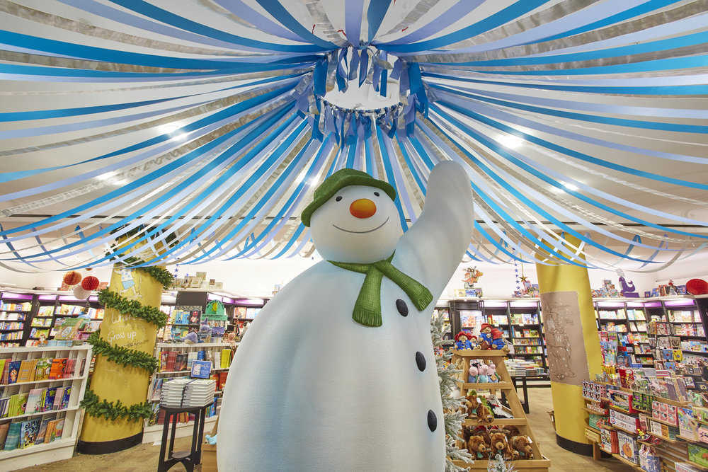 THE SNOWMAN - WATERSTONES PICCADILLY, LONDON    November 2018