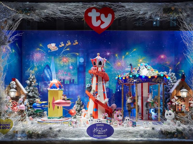 CHRISTMAS WINDOWS - HAMLEYS, LONDON    November 2018