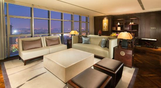 jumeirah-himalayas-hotel-2.jpg