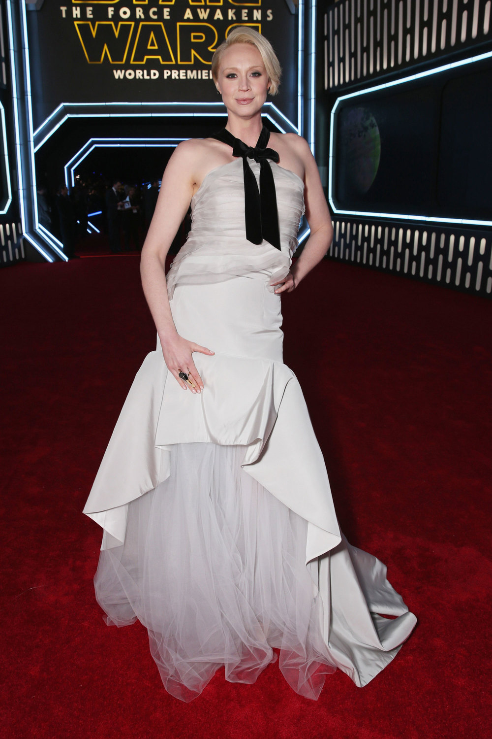 gwendoline-christie-star-wars-premiere-dress-oscar-de-la-renta-los-angeles.jpg