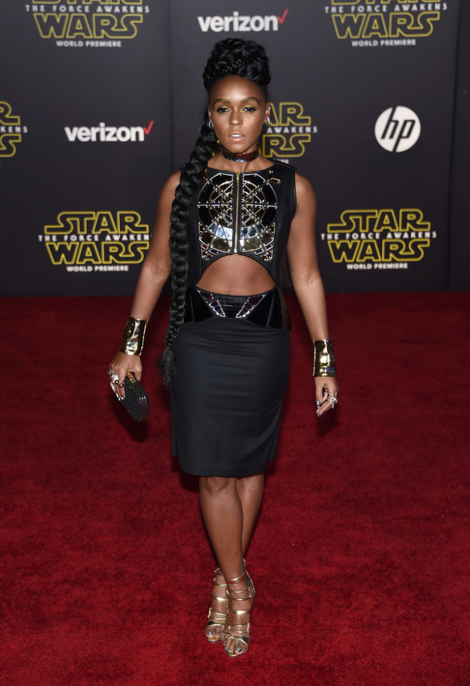 Premiere-Star-Wars-Force-Awakens-Arrivals-janelle-monae-685x1000.jpg