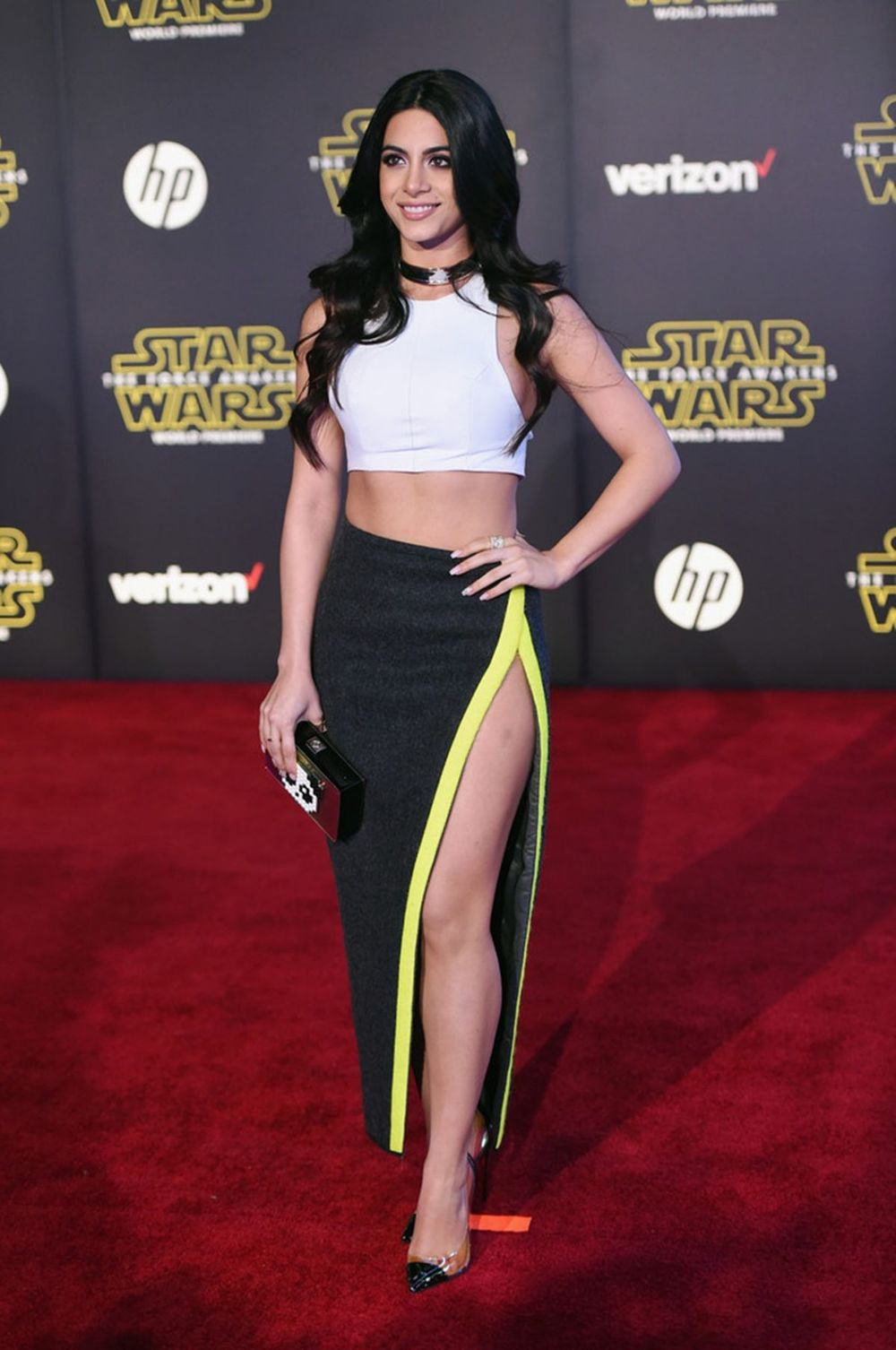 emeraude-toubia-at-star-wars-episode-vii-the-force-awakens-premiere-in-hollywood-12-14-2015_1.jpg