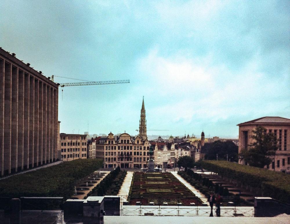 Mont de Arts Hillside Garden in Brussels by Nneya Richards