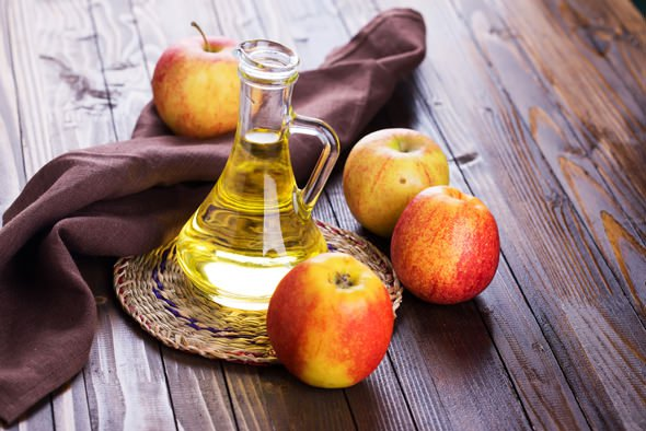 apples-and-vinegar.jpg