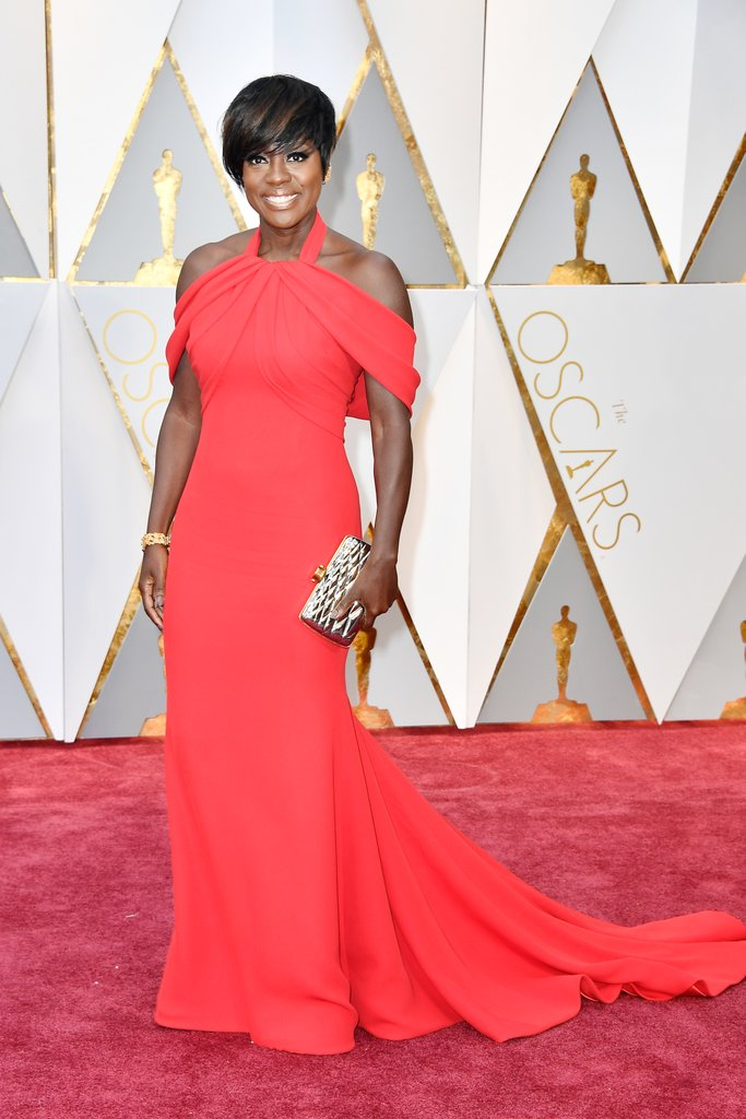 Another stunner in red, beautiful best supporting actress Oscar winner, Viola Davis in a custom Armani Privé gown and Stuart Weitzman shoes.
