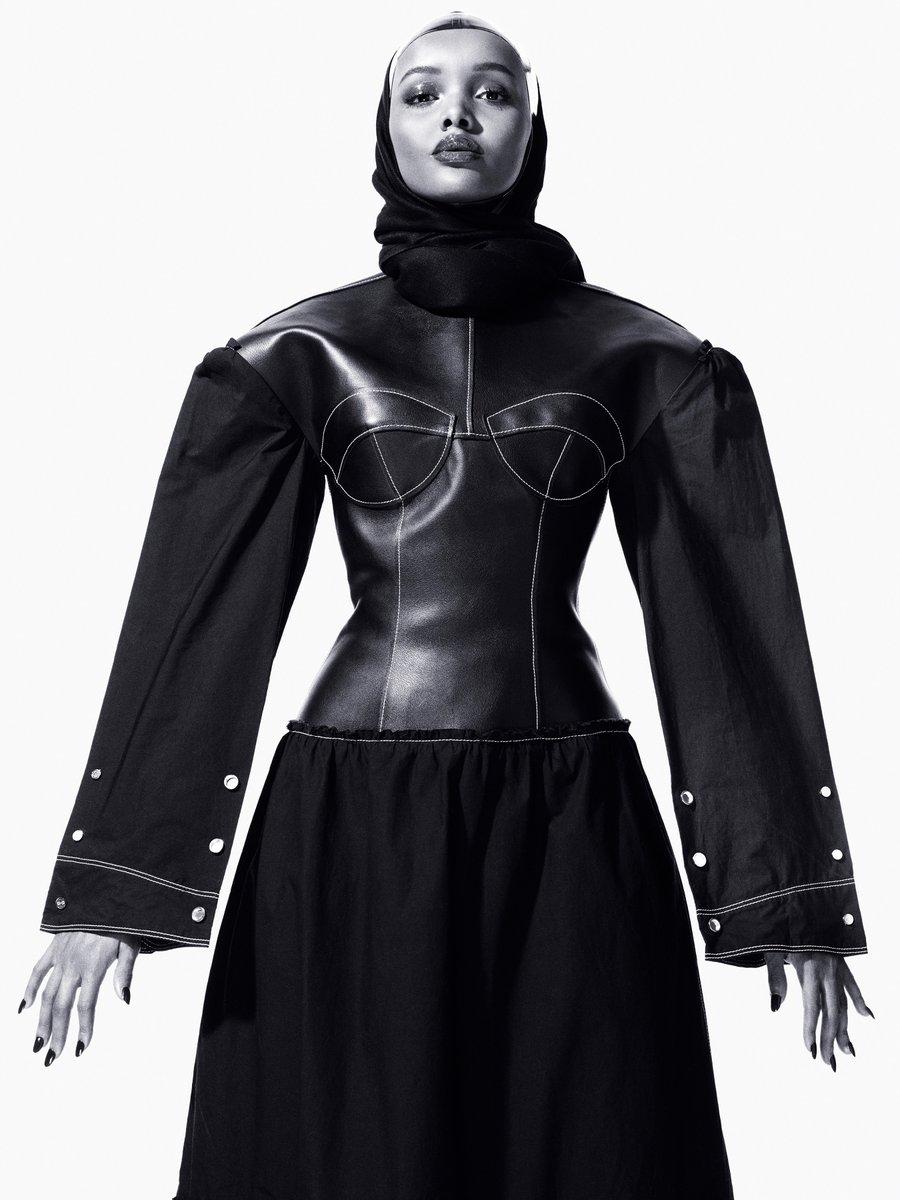 Halima Aden 2.jpg