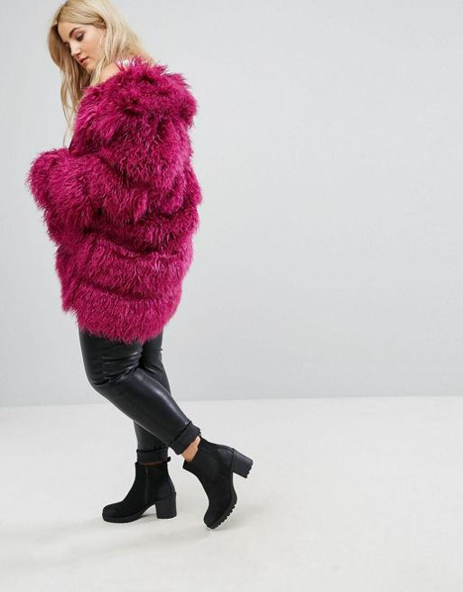 Hot pink faux fur