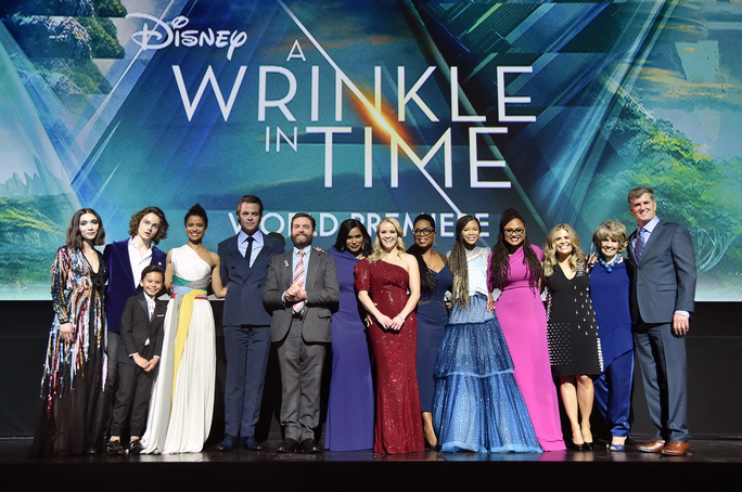preview-full-Wrinkle in time cast.jpg