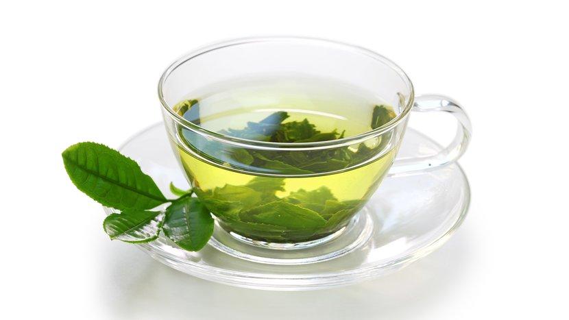 your-expert-guide-to-green-tea-header-830x467.jpg
