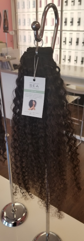 Sea Collection-Fiji Curl  with  Design Essentials Almond and Avocado Mousse  applied to wet hair