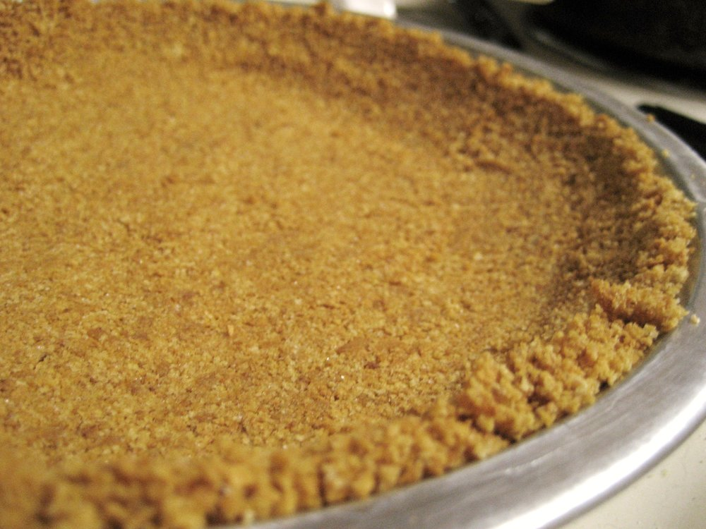 Graham_cracker_crust.jpg