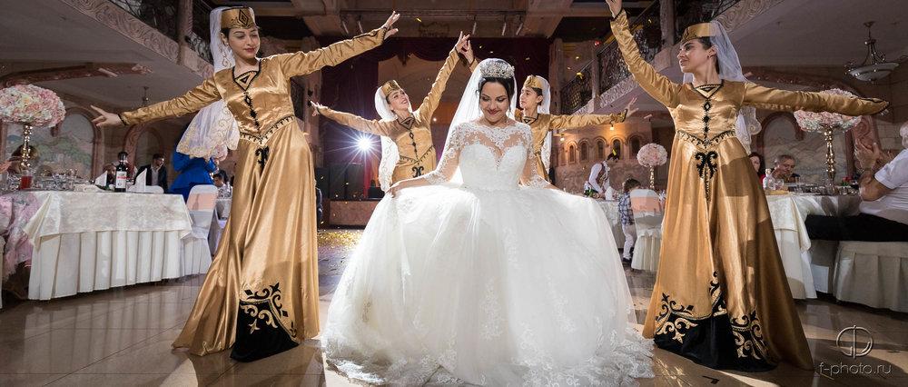 Стоимость роскошной свадьбы. Фотог