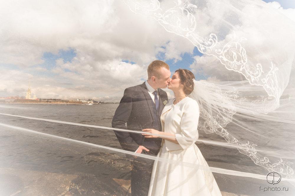 Красивая фата невесты
