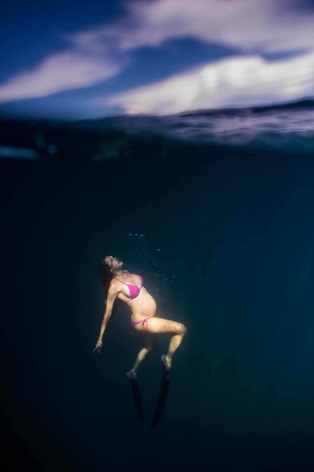 CrystalUnderwaterMaternity-605.jpg