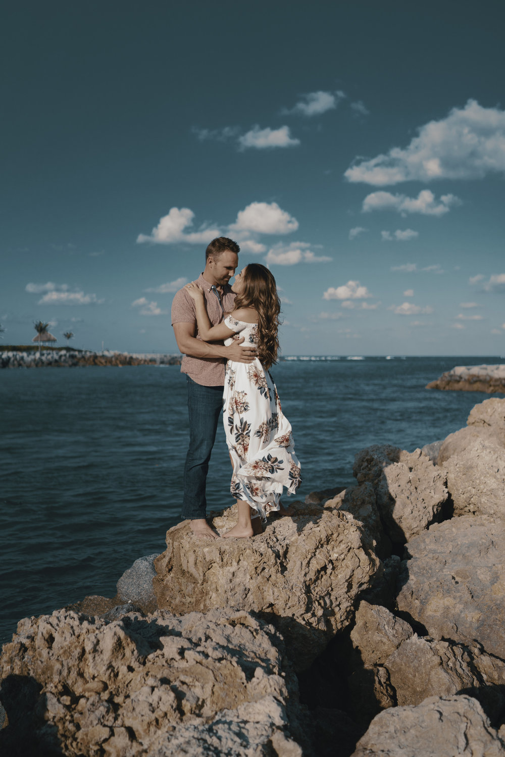 2018. 5 May. 01 Bri and Chris Engagement-0016.jpg