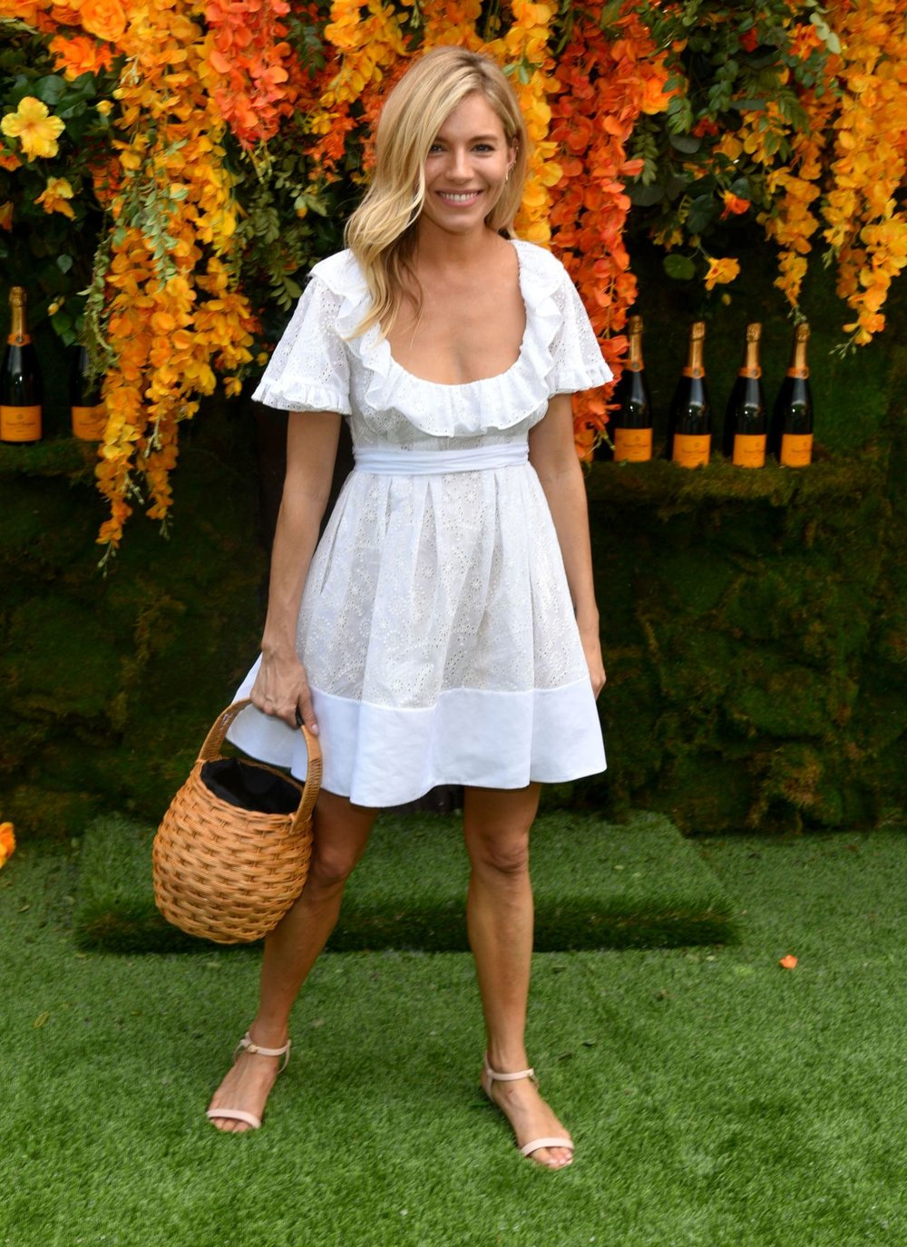 sienna-miller-2018-veuve-clicquot-polo-classic-in-new-jersey-8.jpg