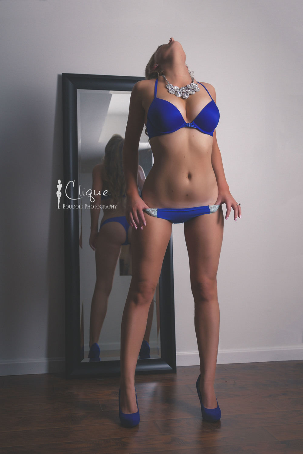 boudoir mirror reflection