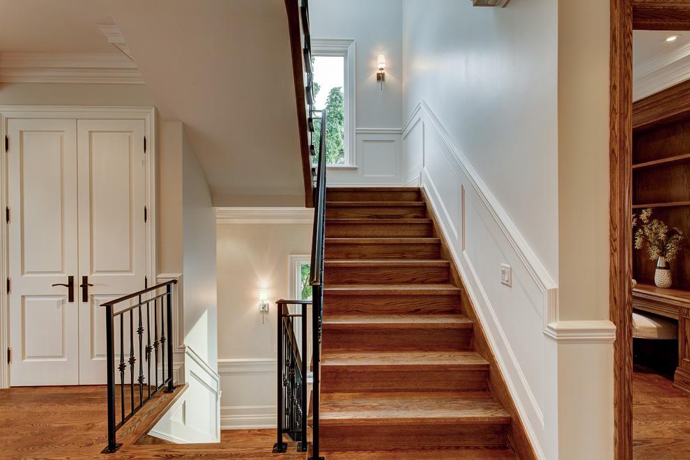 23 Staircase.jpg