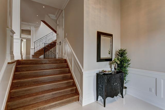 05 Foyer.jpg