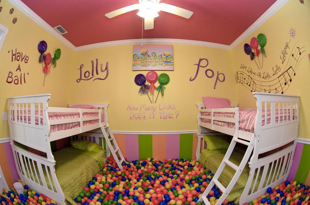 print_lollypop_room01.jpg