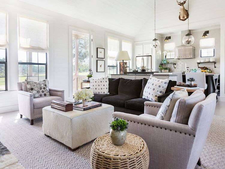15 Decorating Tricks To Your Upgrade Your Living Room Homeaway Blog