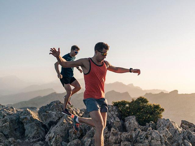Running across the Mallorcan peaks at sunset with @maxwilko and @adventureswithjb #run #trailrunning #fitness #lastonetothetop #sunset #adventure #sports #mallorca #midnightrunners #sungod #adventureproof #freerun #trail