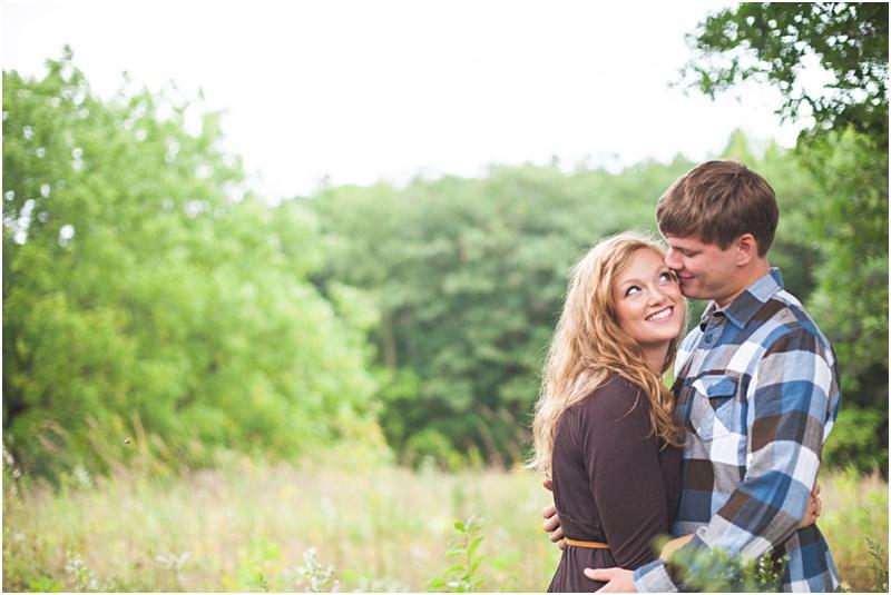 Stillwater Minnesota Fall Field Engagement Elizabeth & Andrew_0022.jpg