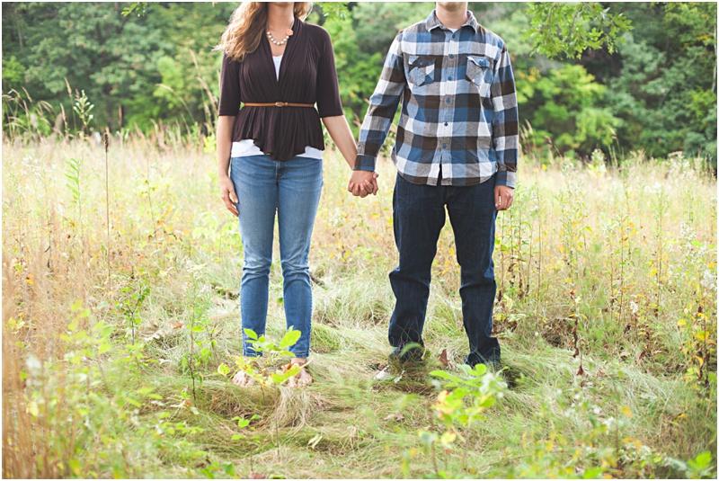 Stillwater Minnesota Fall Field Engagement Elizabeth & Andrew_0027.jpg