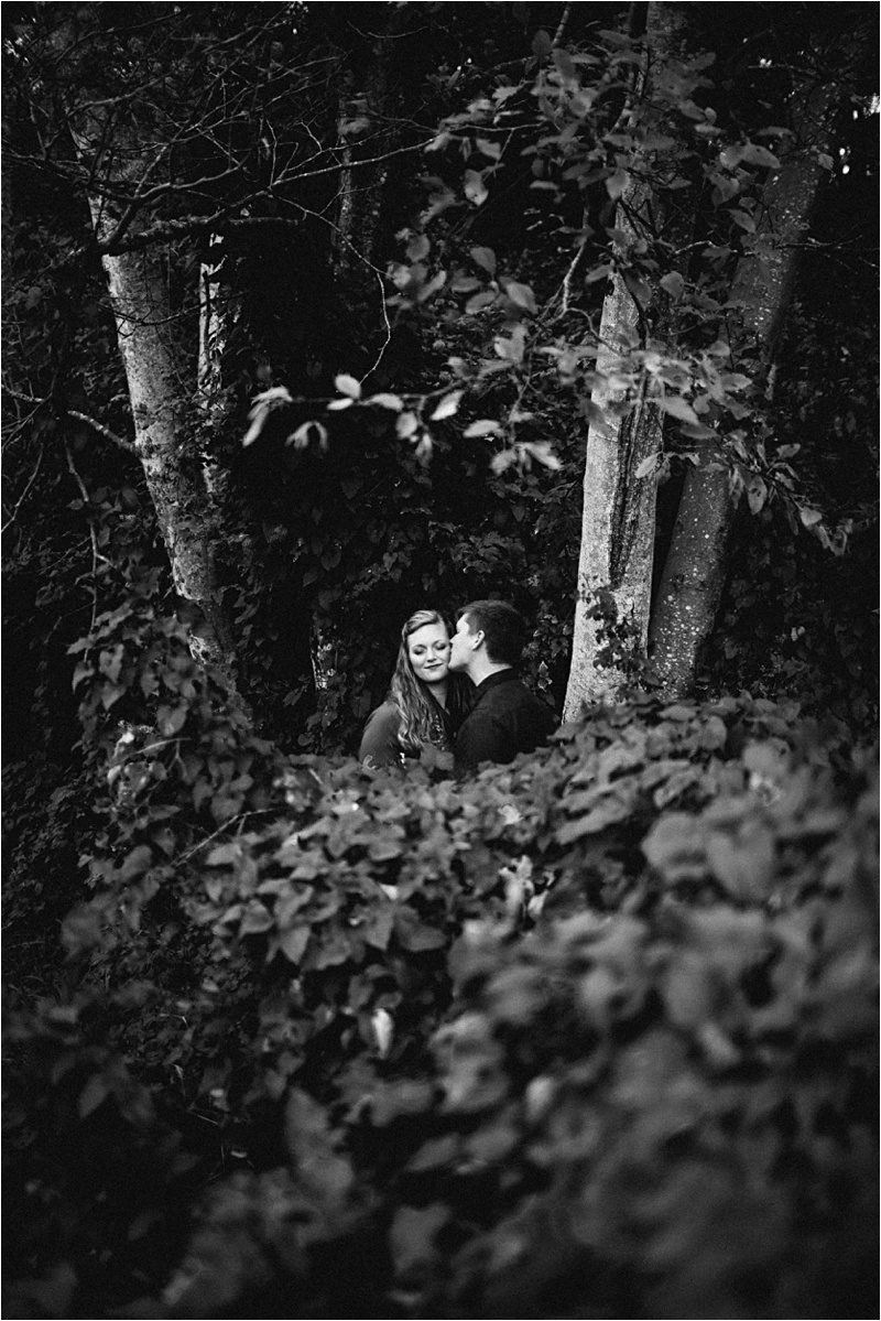 Anniversary_Burien_Fall_Couple_EmilyLouisePhotography_0006.jpg