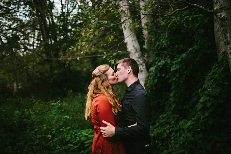 Anniversary_Burien_Fall_Couple_EmilyLouisePhotography_0019.jpg