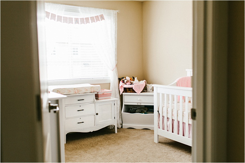 Newborn_Home_Lifestyle_BabyGirl_EmilyLouisePhotography_0001.jpg