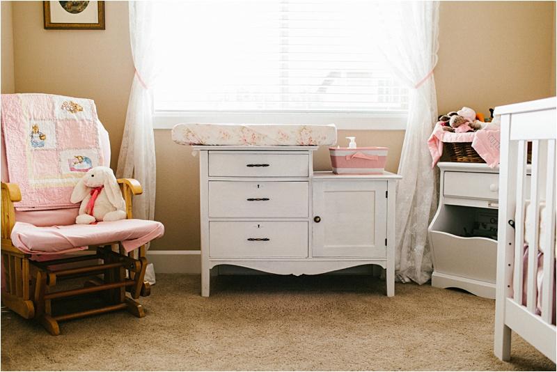 Newborn_Home_Lifestyle_BabyGirl_EmilyLouisePhotography_0011.jpg