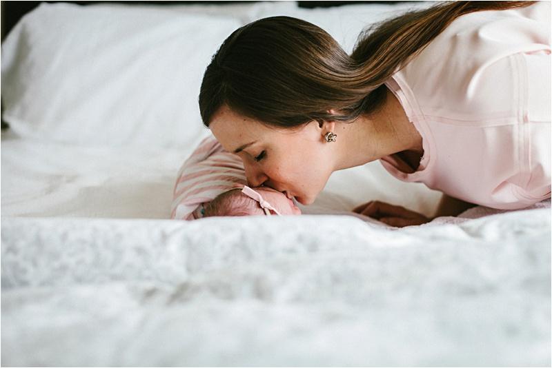 Newborn_Home_Lifestyle_BabyGirl_EmilyLouisePhotography_0040.jpg