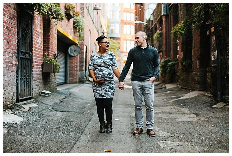 2017MaternitySession-Seattle-Downtown-EmilyLouisePhotography_0038.jpg